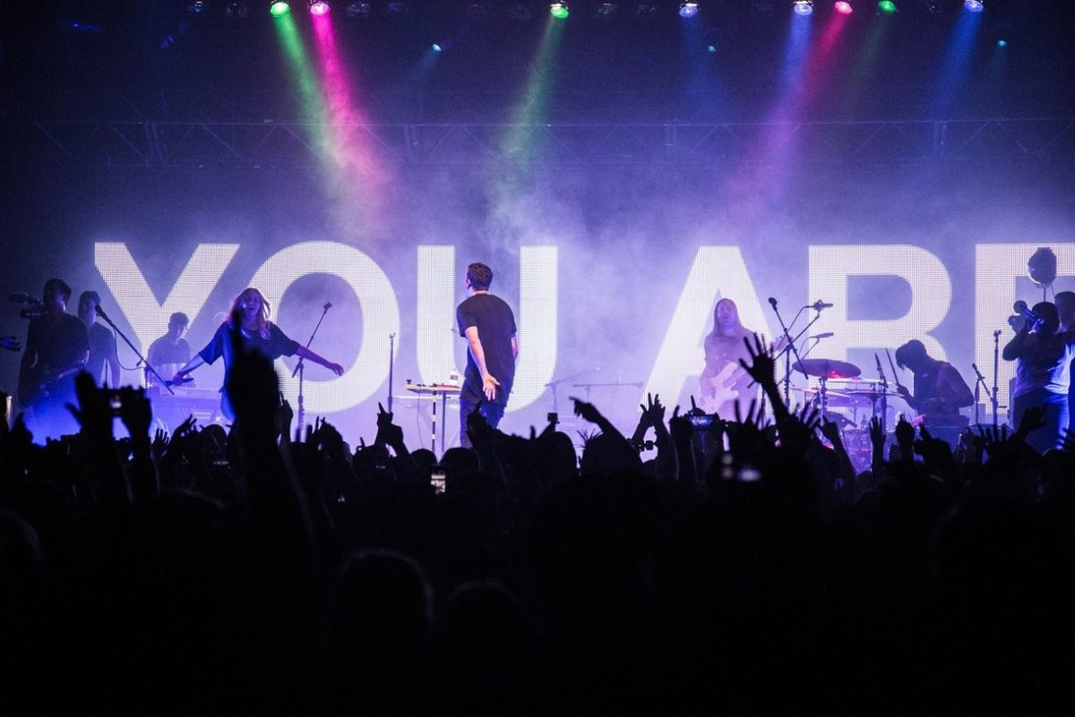 Hillsong Young & Free photographed in 2016 during their show at San Francisco's The Regency Ballroom.