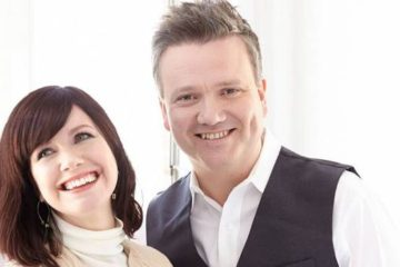 Her Majesty the Queen Honors Nashville-based Hymn Writer Keith Getty w/OBE Award