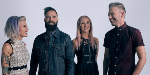 WINTER JAM 2018 ROLLS WITH TOP ROCKERS SKILLET
