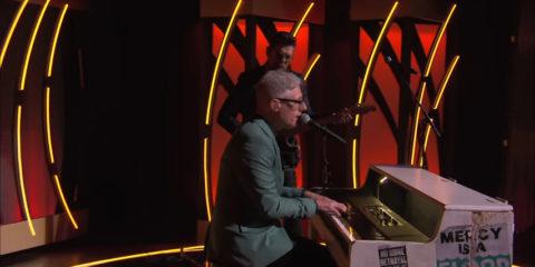 Video: Matt Maher - What A Friend ft. Jason Crabb - Live from K-Love Fan Awards