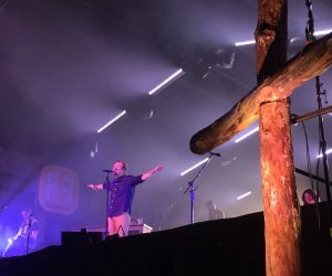 Jason Crabb Speaks at FaithFest NC 2018 - Watch Casting Crowns Perform Glorious Day