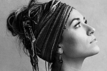 Lauren Daigle's Look Up Child Debuts at #3 on Billboard Top 200