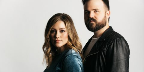 Kari Jobe and Cody Carnes Release New Single Today, Cover The Earth