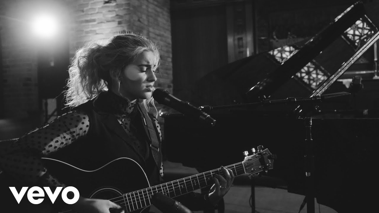 Tori Kelly Releases Psalm 42 Video
