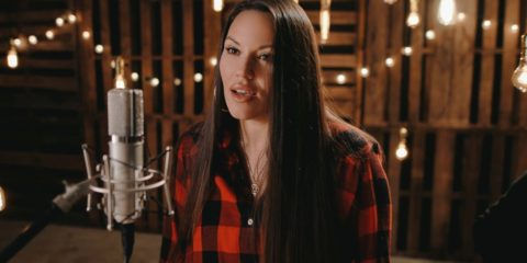 Video: Beckah Shae - Christmastime Is Here