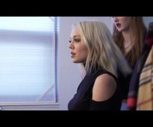 Video: Sarah Reeves - Feelin' Like Christmas