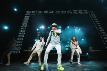 "TobyMac Announces Theatre Tour After Success Of ""HITS DEEP Tour"""