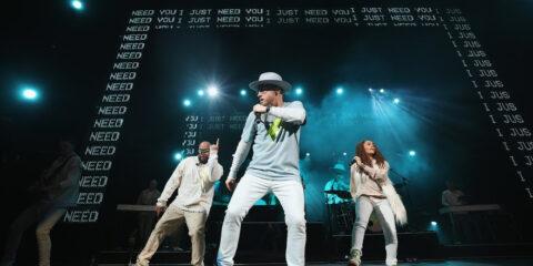 """TobyMac Announces Theatre Tour After Success Of """"HITS DEEP Tour"""""""