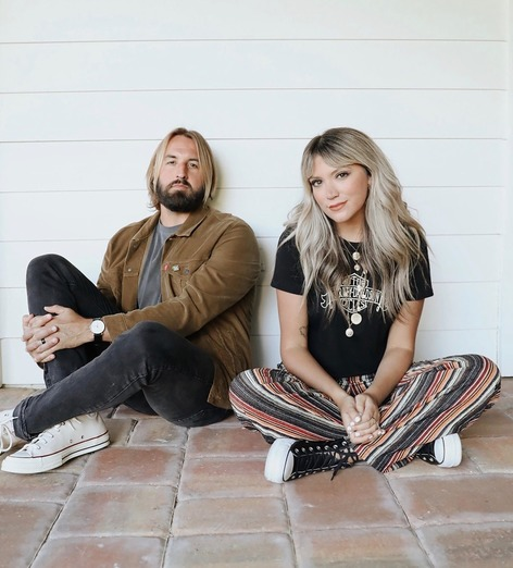 Integrity Music Announces The Signing of Austin & Lindsey Adamec To Their Family of Artists