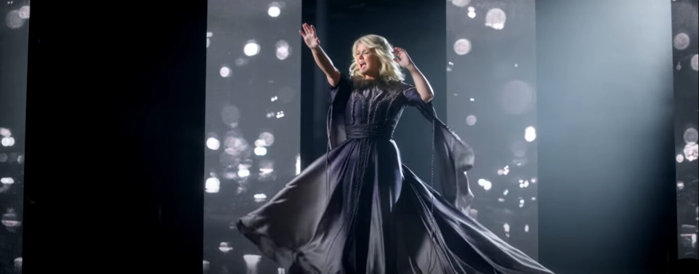 Video: Natalie Grant - Praise You In This Storm