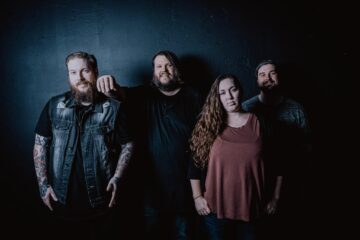 The Midnight Wedding Cry Out to God to Set Me Free on Latest Song