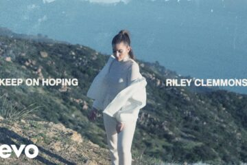 Riley Clemmons' New Commercial Single 'Keep On Hoping' Radio Version Results in Clemmon's Largest Add Week